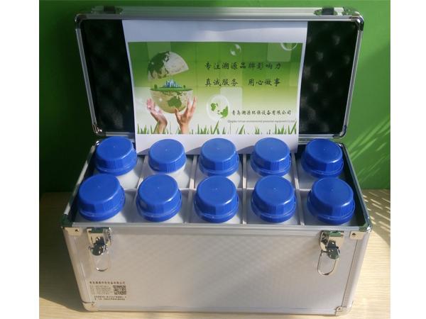 TC-BX-1型便携水质样品箱-配套采水器使用